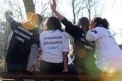 Corpo Europeu de Solidariedade: candidaturas abertas para o novo programa